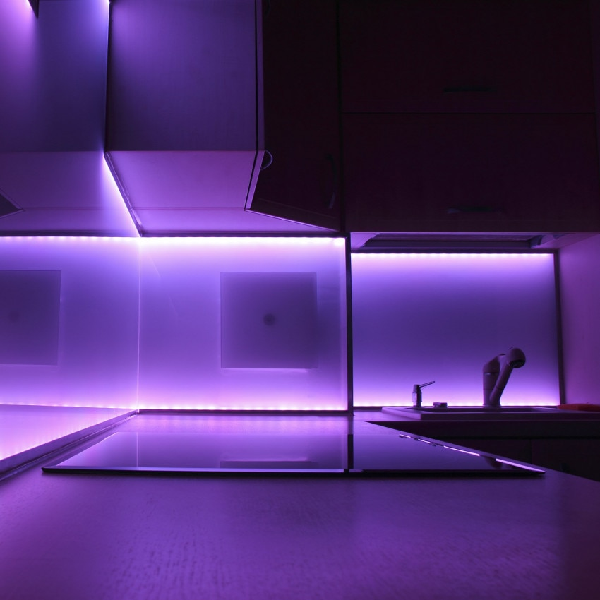 Kit Fita LED 24V DC SMD5050 60LED/m 5m RGB com Fonte de Alimentação e Controlador